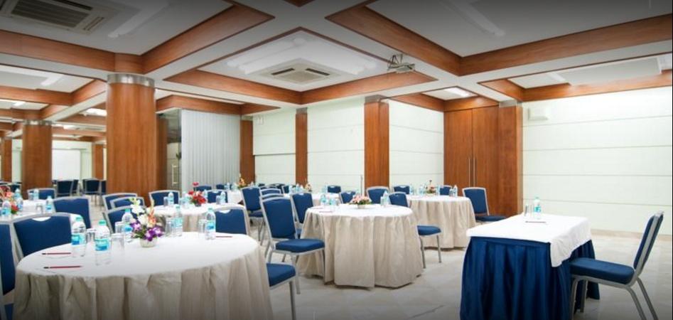Hotel Residency Andheri East Mumbai - Banquet Hall