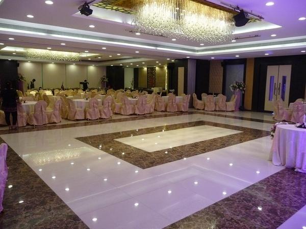 Golden Leaf Banquet, Malad West, Mumbai