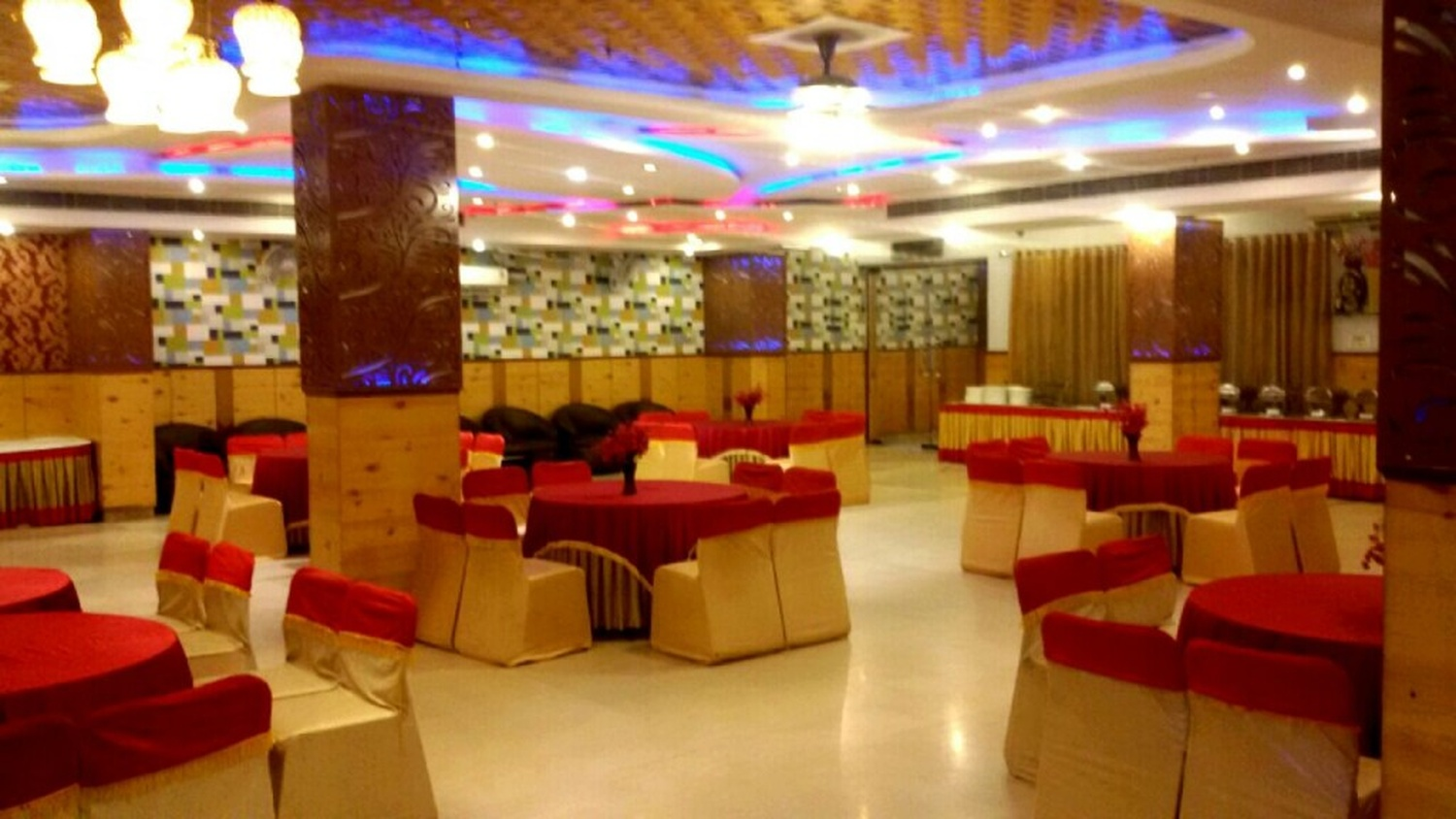 Feather party hall rohini delhi banquet hall for Afghan cuisine banquet hall