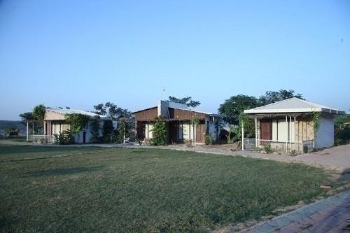 Riparian Resort – Baroda