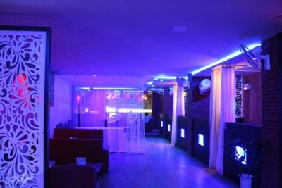 Banquet Halls in Mahanagar | Marriage & Party Halls | Weddingz