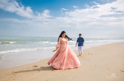 pre wedding photoshoot at the beach in thailand