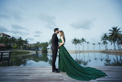 Serene and beautiful pre wedding shoot held in Thailand.
