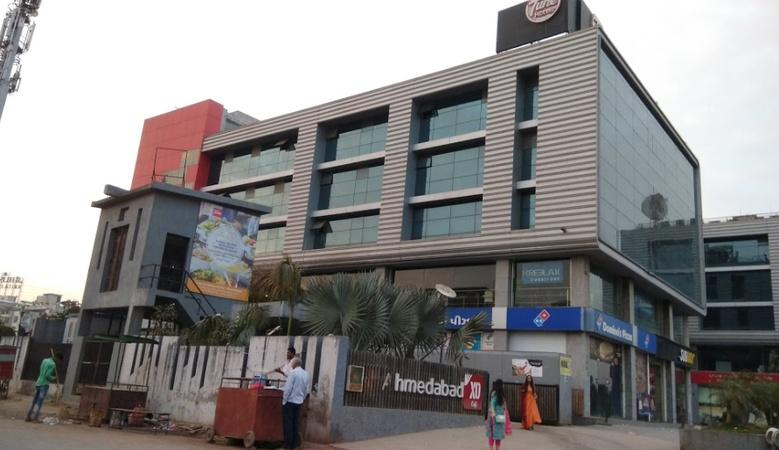 Tune Hotels Motera Ahmedabad - Banquet Hall