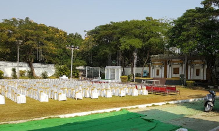 Ladies Club Lawn Civil lines Nagpur - Wedding Lawn