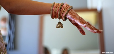bangle set of the bride for the wedding ceremony