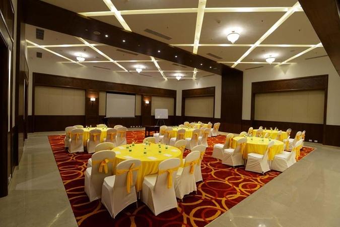 Lemon Tree Hotel Saravanampatti Coimbatore - Banquet Hall