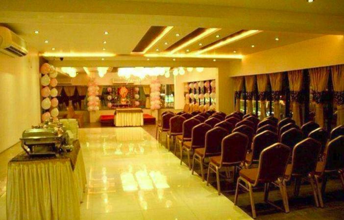 Glorius Restaurant Adajan Surat - Banquet Hall