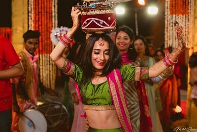 The bride's sister entering her sangeet