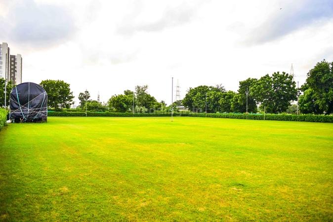 Astha Farm Mota Varachha Surat - Wedding Lawn