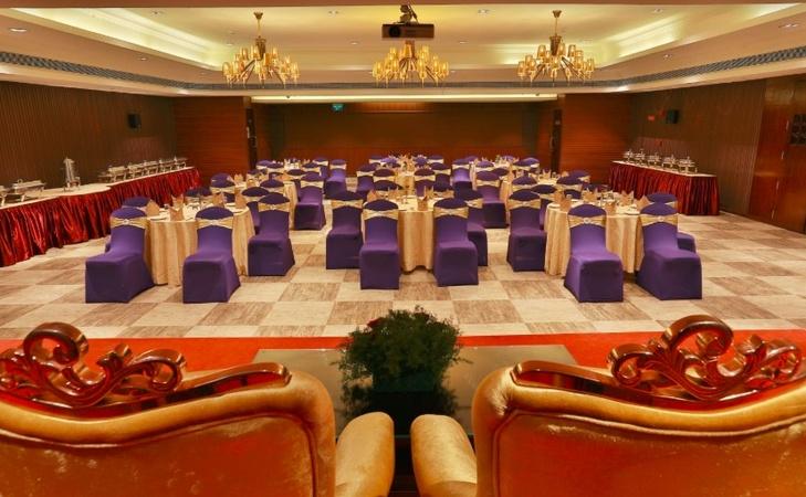 Hotel Luminara Kaloor Kochi - Banquet Hall