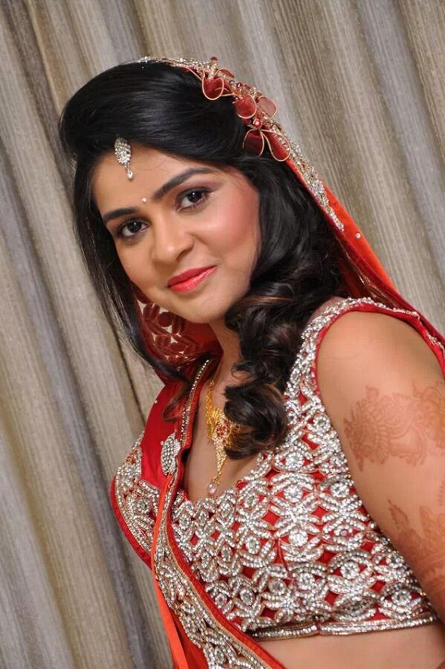 Bridal Cine Makeup Artist, Bridal Makeup Artist In