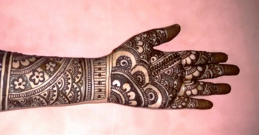 Pride of Bride | Ahmedabad | Mehendi Artists