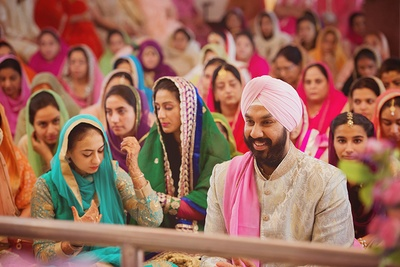 Wedding ceremony held at Gurudwara.