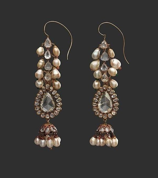 Bridal Pearl Earrings – Ear full of beauty