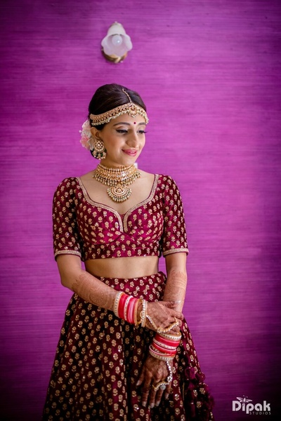 The beautiful bride ready for her most awaited day