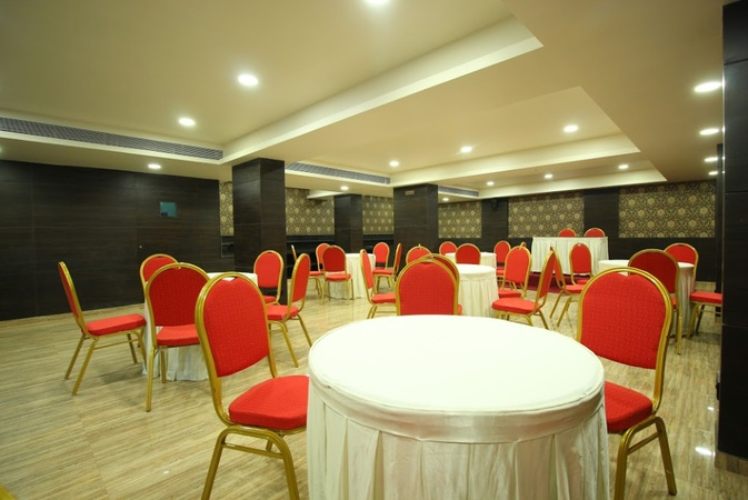 Central Beacon Hotel Varachha Surat - Banquet Hall