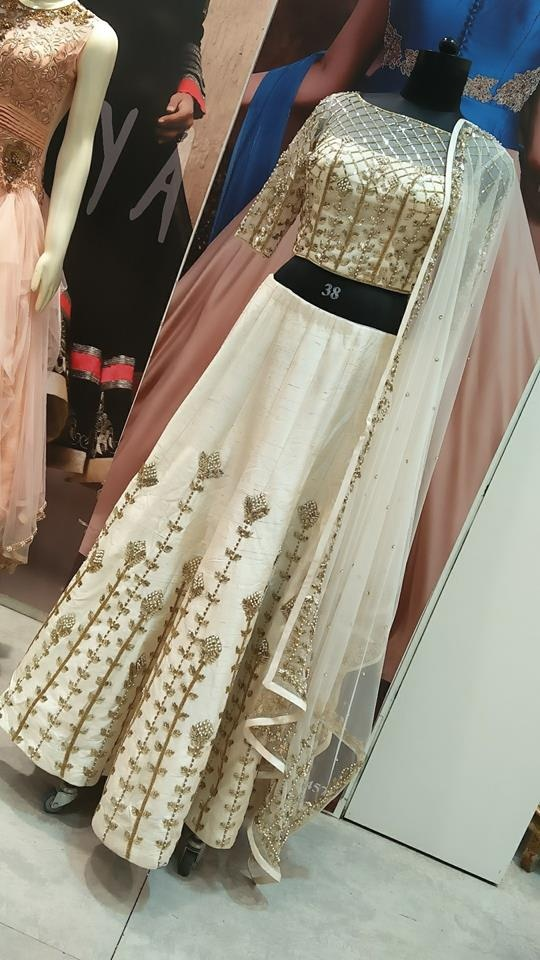 10 Lehenga Shops In Mumbai Santacruz To Find Your Dream Bridal Lehenga In Mumbai Bridal Wear Wedding Blog