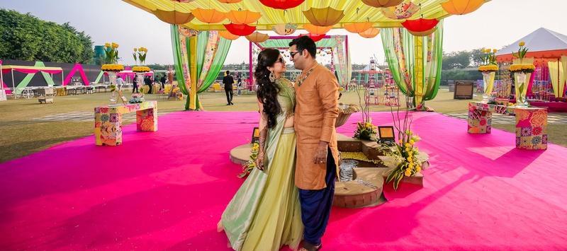 Gaurav & Saloni Karnal : Colourful Palace Wedding With Vibrant Mehendi Decor Held At Noor Mahal, Karnal