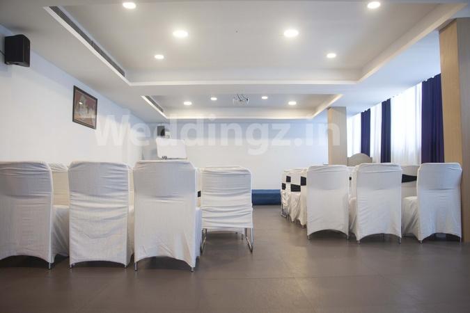 Hotel Rain Tr33 Hitech City Hyderabad - Banquet Hall