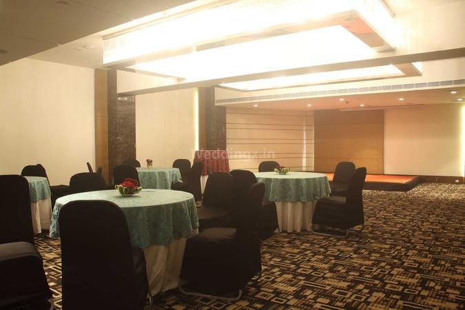 Fortune Park Sishmo Laxmisagar Bhubaneswar - Banquet Hall