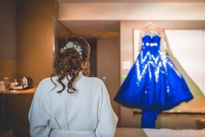 That's a pretty dress!