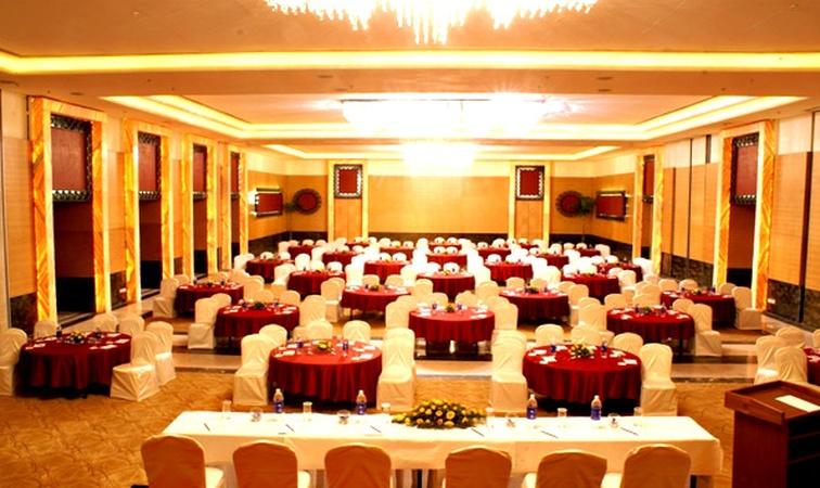 Rockwood Palace Resort And Spa Ambamata Udaipur - Banquet Hall