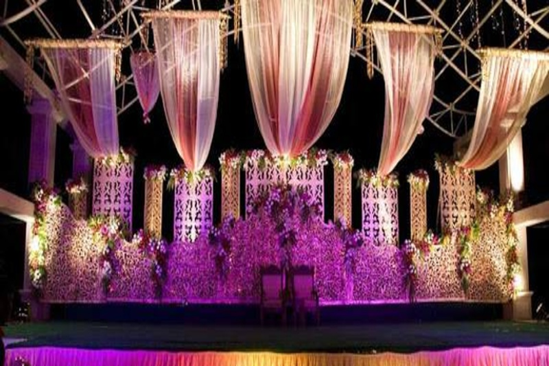 Scouring The City of Nagpur for a Venue? Have a Look at Raj Royale Lawn Nagpur!