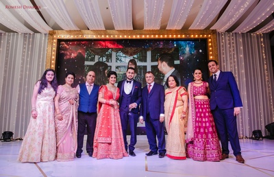 reception photography with family
