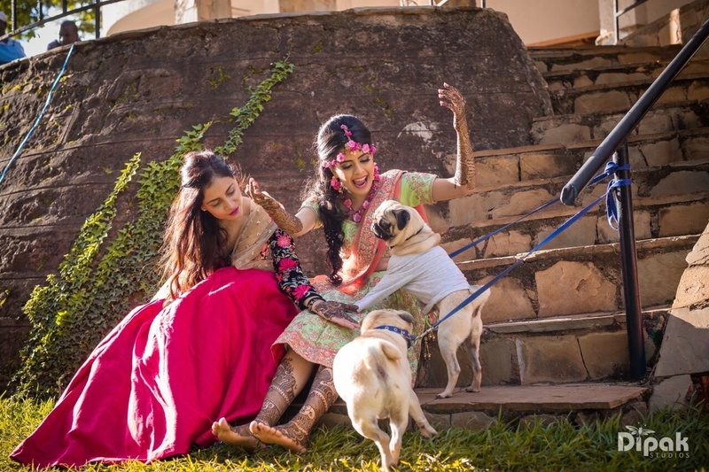 Dhruv & Priyanka Nairobi : Priyanka and Dhruv tied the knot in Nairobi, Kenya & the bride's mehendi photos are major goals!