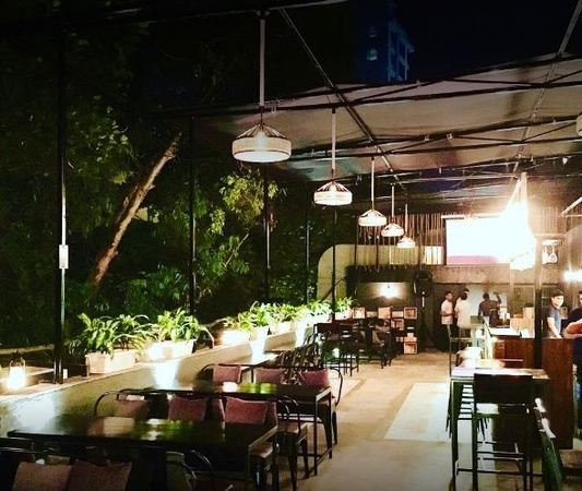 Rike Terrace Bar And Grill Andheri West Mumbai - Banquet Terrace