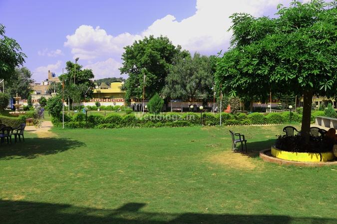 Gokul Gaon Sikar Road Jaipur - Banquet Hall