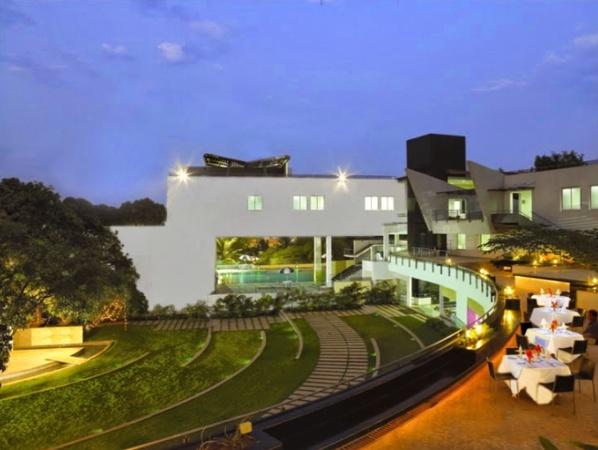 The Woodrose Club JP Nagar Bangalore - Banquet Hall