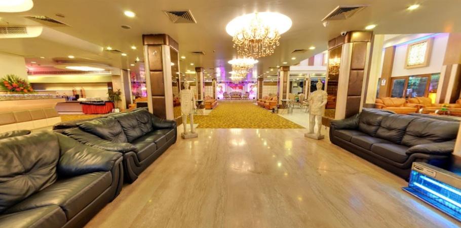 Grand Milan Banquets (Wave Cinema Complex) Kaushambi Ghaziabad - Banquet Hall