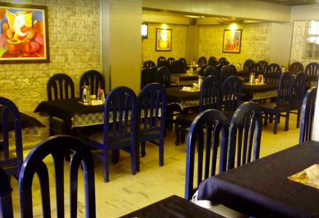 Roopali Restaurant and Banquet Hall Napier Town Jabalpur - Banquet Hall
