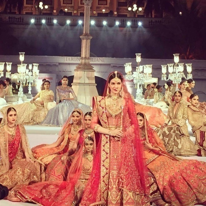 Bridal Couture by Tarun Tahiliani for the Wedding Times Fashion Fiesta