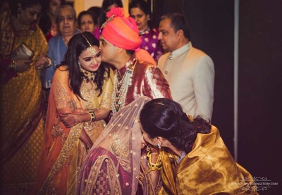 Groom consoles the bride's sister during the vidai ceremony