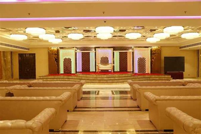 C-Pearls Hotel And Banquet Mundka Udyog Nagar Delhi - Banquet Hall