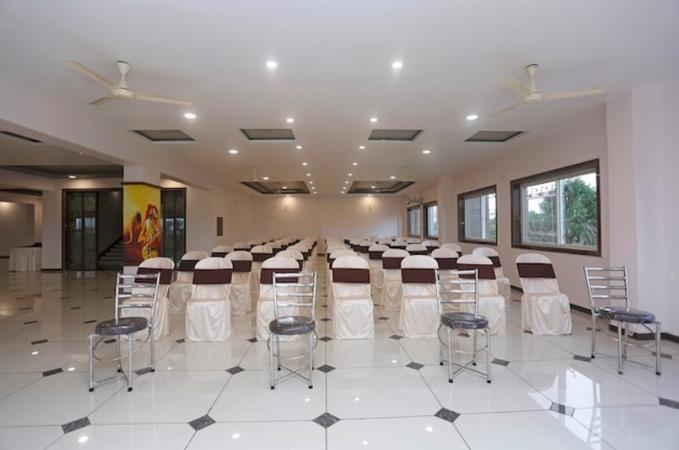 Hotel Shiv Shakti Kiratnagar Bhopal - Banquet Hall