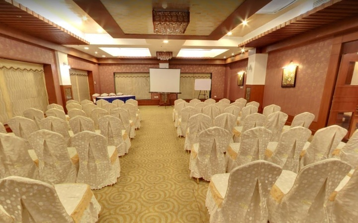 Vatika Premier Hotel, Danapur, Patna
