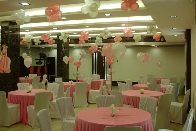 Hotel Tryfena East of Kailash Delhi - Banquet Hall