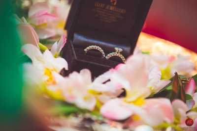 Beautiful diamond engagement rings to represent the promise of love