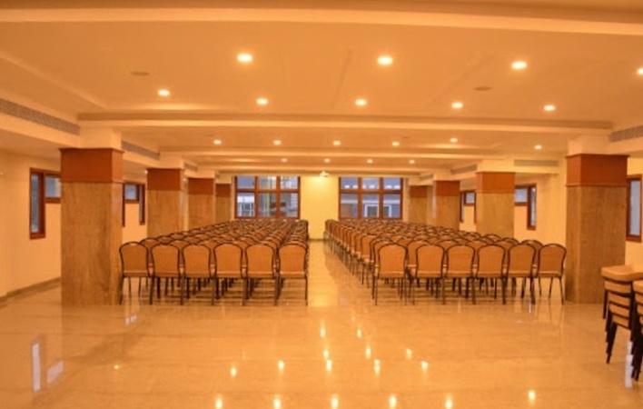 Kubera Banquets Chromepet Chennai - Banquet Hall