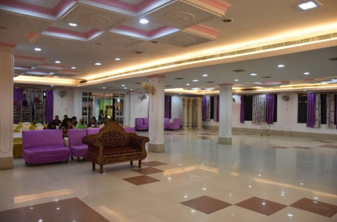 Mahalaxmi Lawn And Banquet Hall Jankipuram Lucknow - Banquet Hall