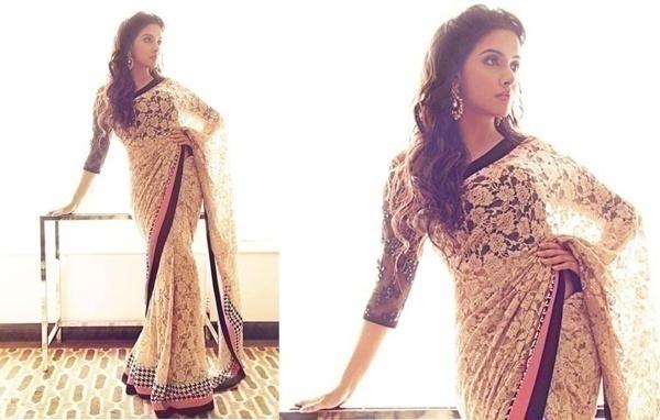 Drape a Gorgeous Lace Saree for Your Friend's Wedding