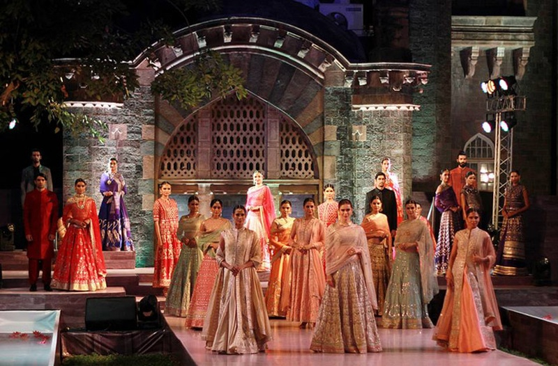 #MakeInMaha: Inspirational Bridal Wear at the Maharashtra Textiles Show