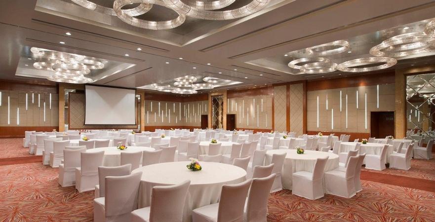 a photo of Sheraton Grand Bangalore Hotel At Brigade Gateway