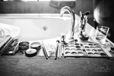 Bridal makeup photography by Serendipitious Smiles.