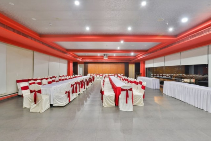 Greenleaf Club and Waterworld Jamnagar Road Rajkot - Banquet Hall