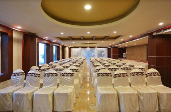 Hotel 7 Saat Chandrasekharpur Bhubaneswar - Banquet Hall